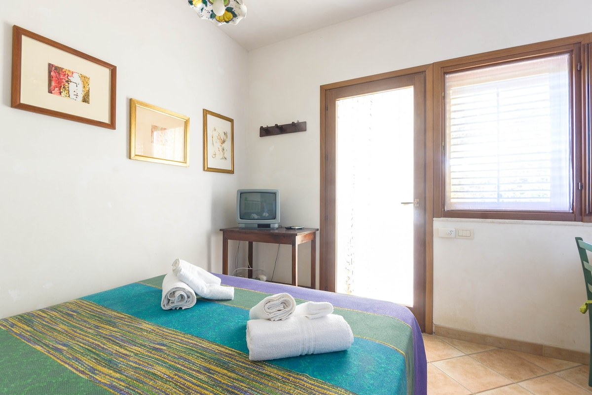 tovaglie, asciugamani, lenzuola e splendido sole compresi nel prezzo