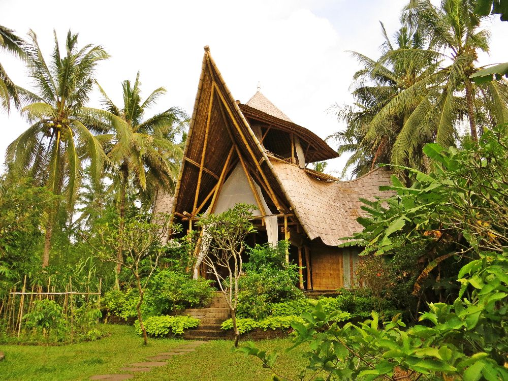 All Bamboo 3 storey luxury house. Surrounded by nature, and organic gardens