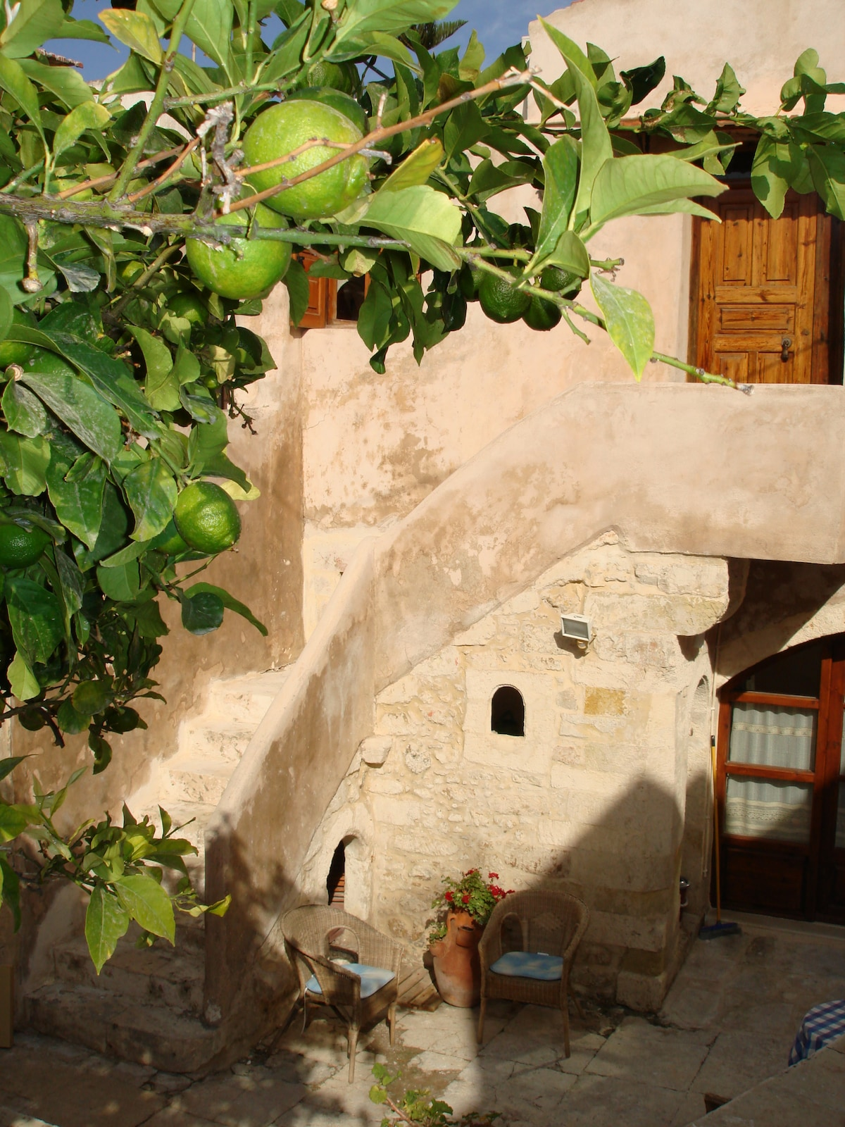 Guesthouse on the first floor