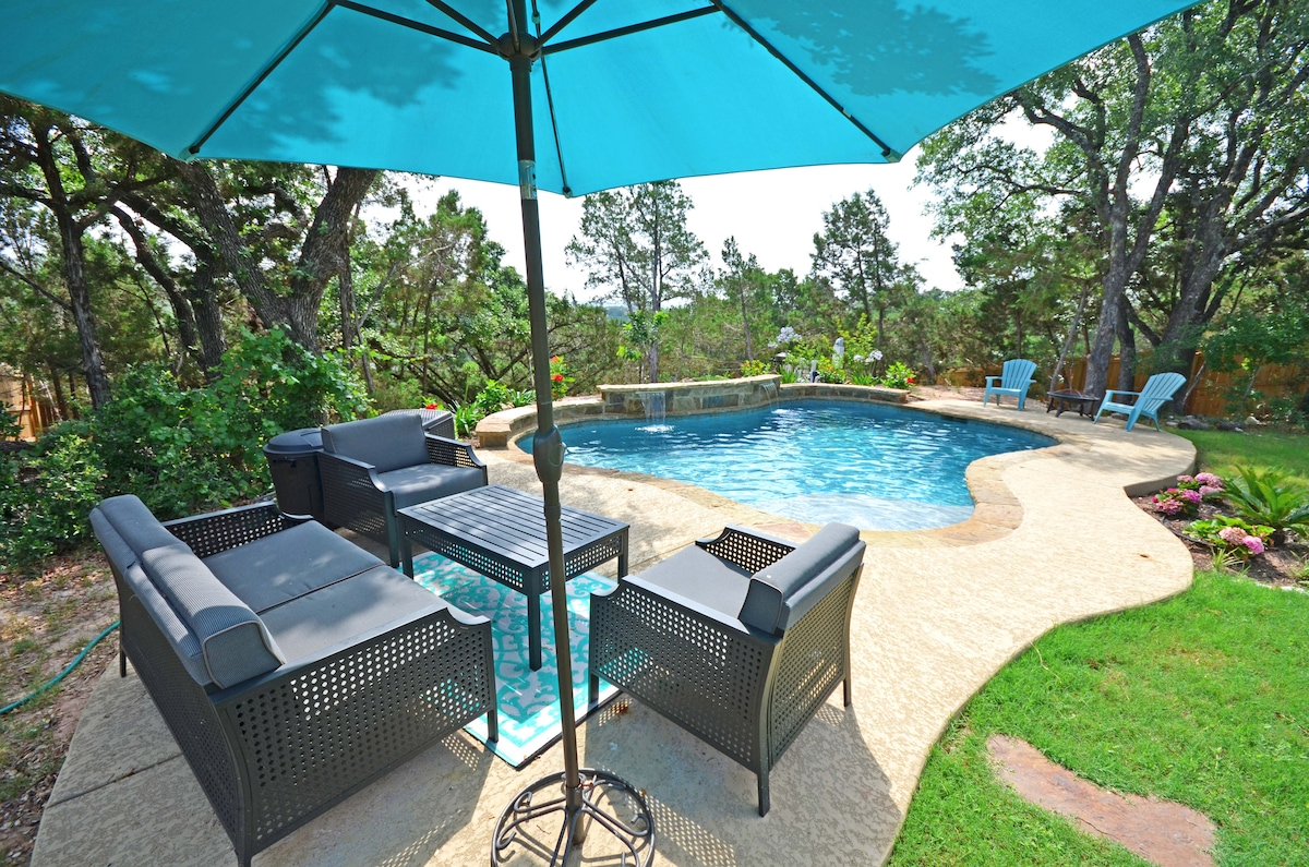 We have comfortable patio furniture around the pool if you want to read a book or just work on your tan.