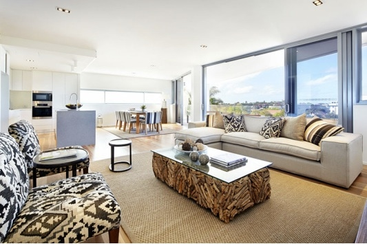 Bondi Junction luxury 3 bedroom apt