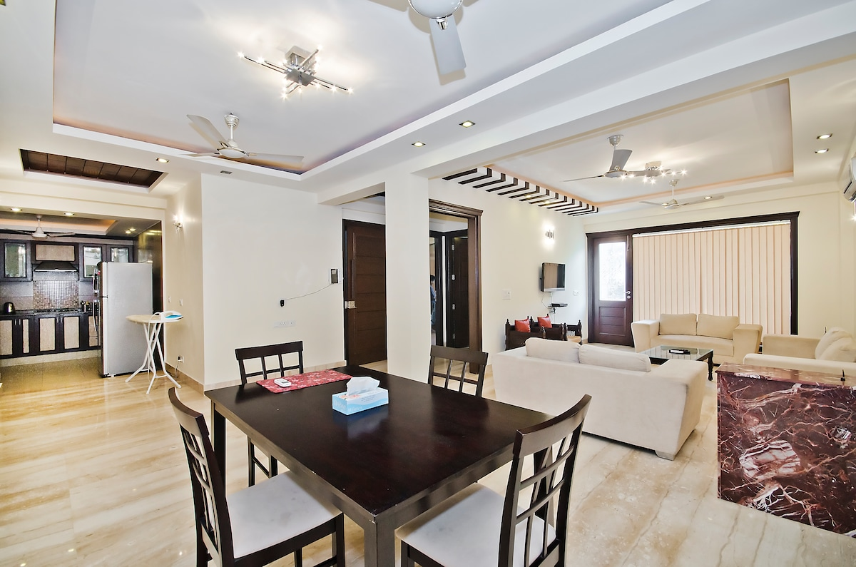 Modern New Living Room with All Amenities and Services and Wifi !! Italian Marble Flooring and Balcony ...