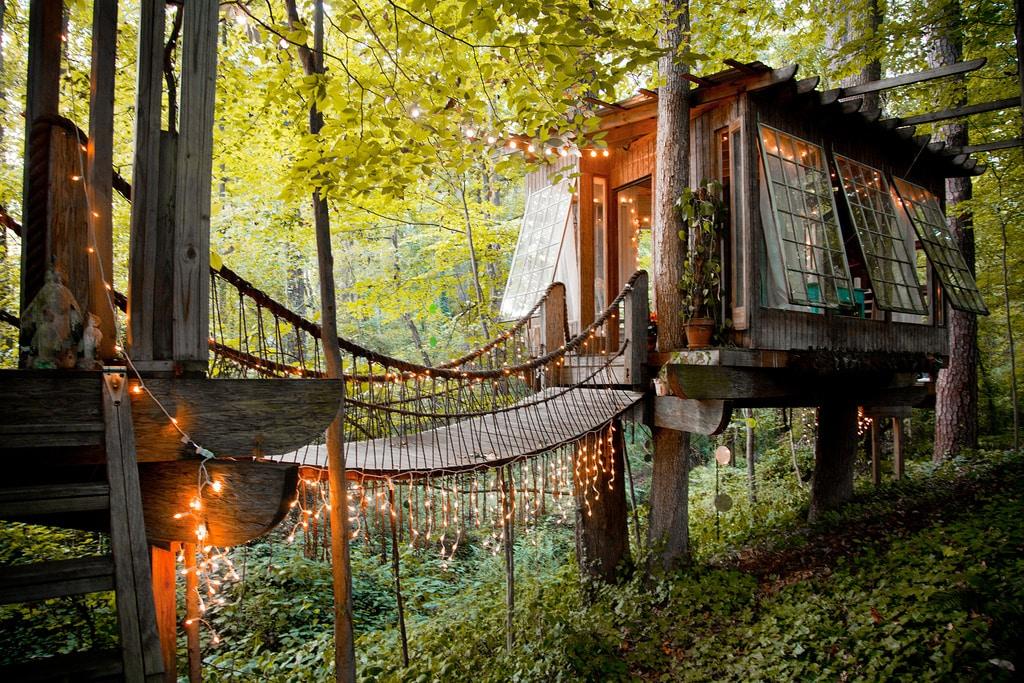 Bedroom Exterior.<br /><br /><br /><br /><br /><br /> Photo by Lindsay Appel.