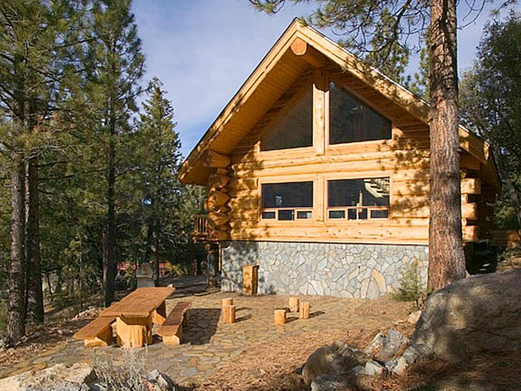 Unique Log Cabin In Pine Mountain Club