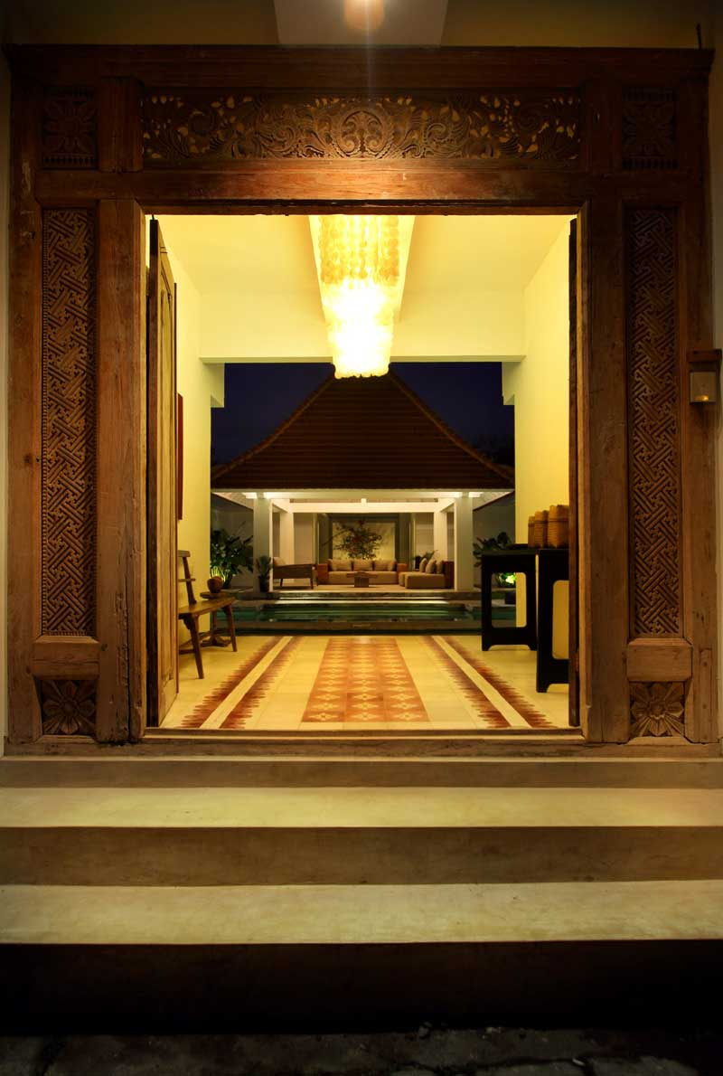 View from the Balinese enter with its beautiful wood door.