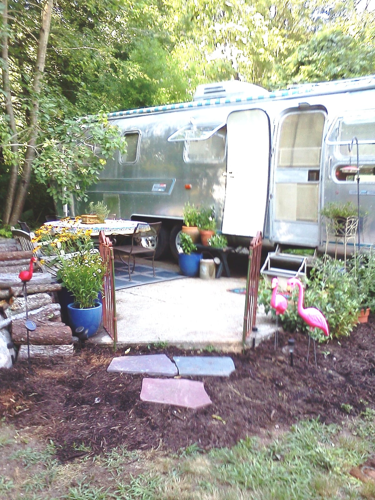 1975 Refurbished Airstream Trailer