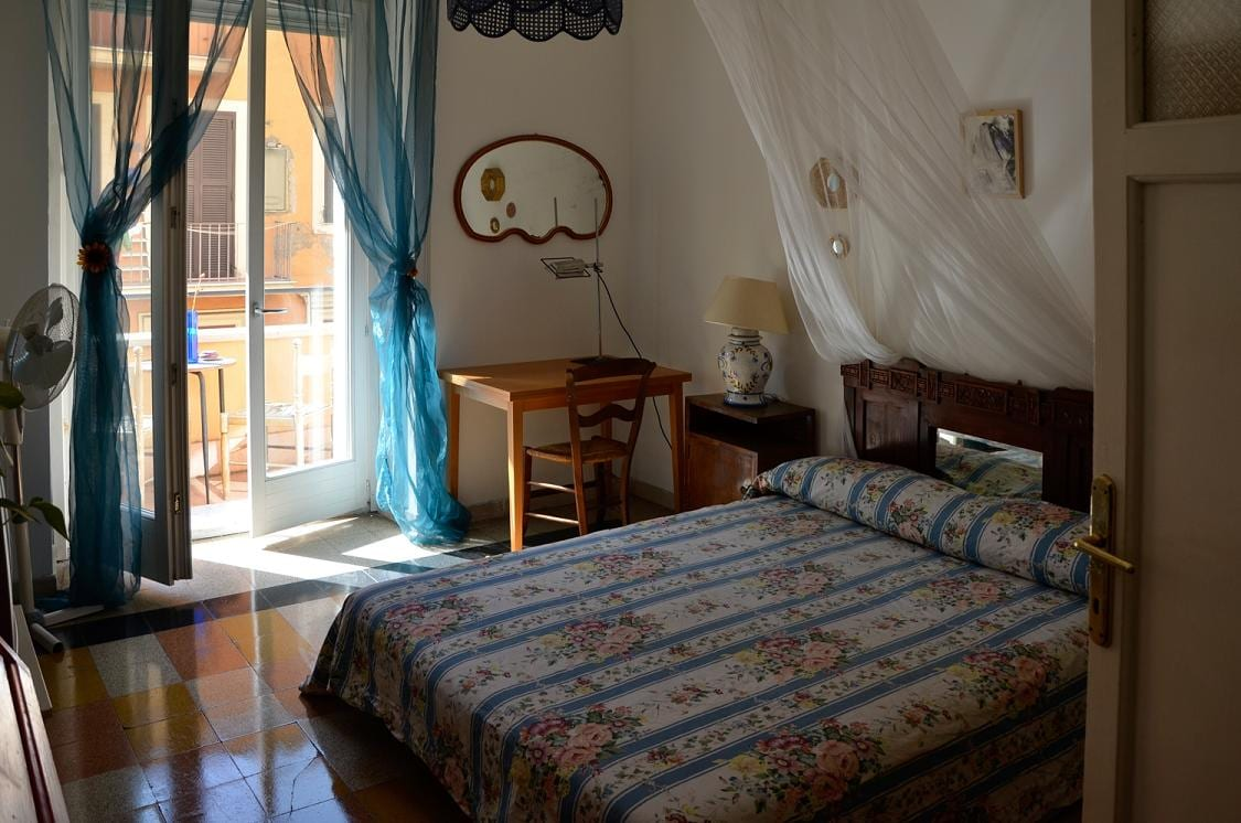 Your room! Completely furnished, with a nice equipped balcony where you can have a coffee in the sun!