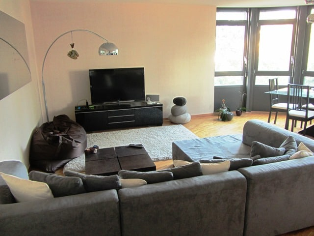Furnished 2 bedr apartment in Nyon