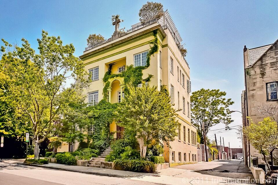 Historic Mansion, Large & Imposing