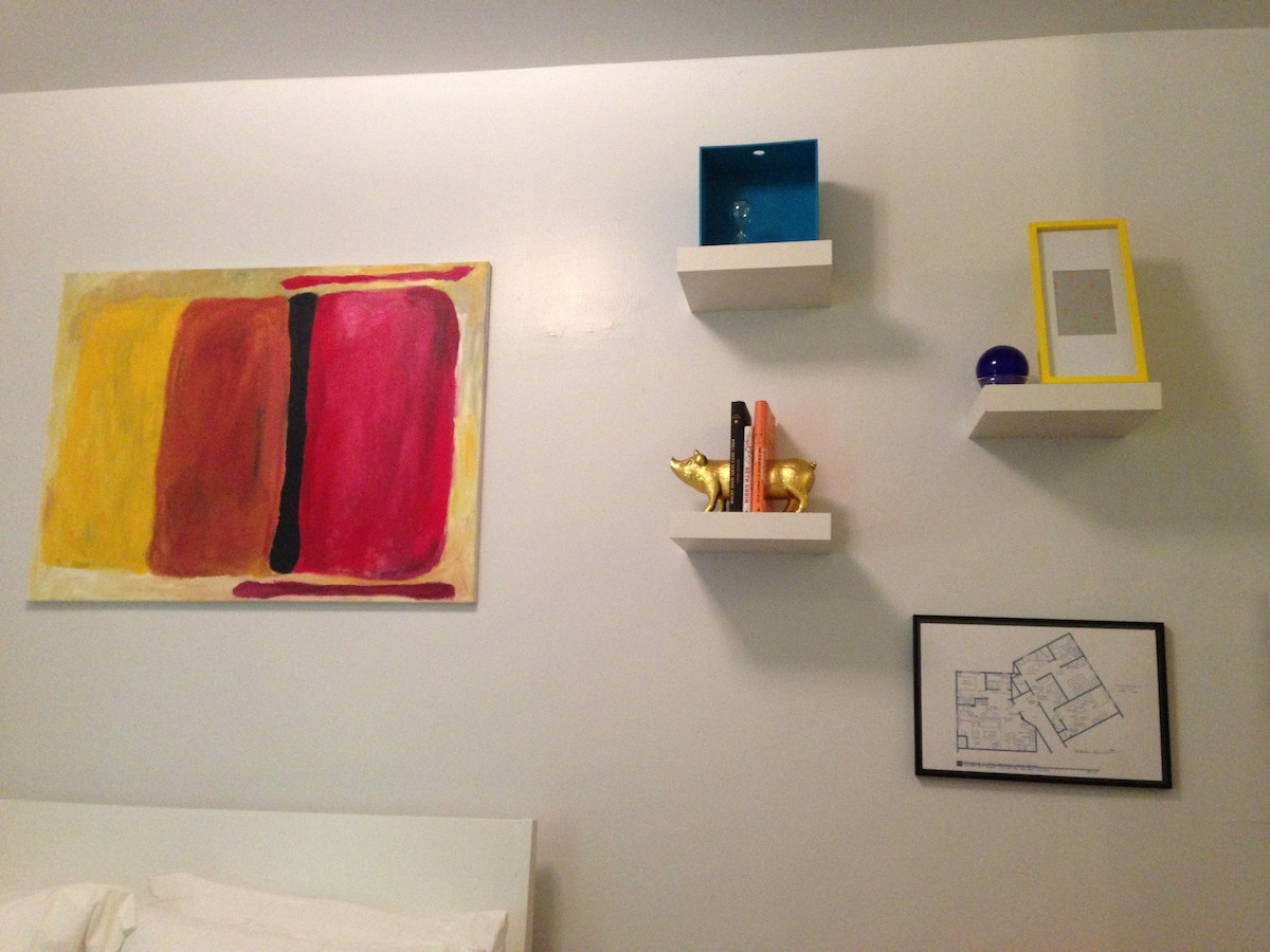 LOWER EAST Trendy/Private/NEW Apt