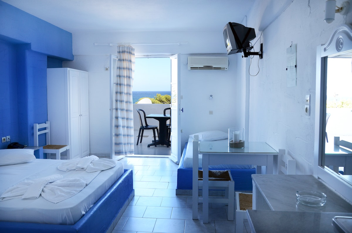 Studio with sea view for 1-3persons