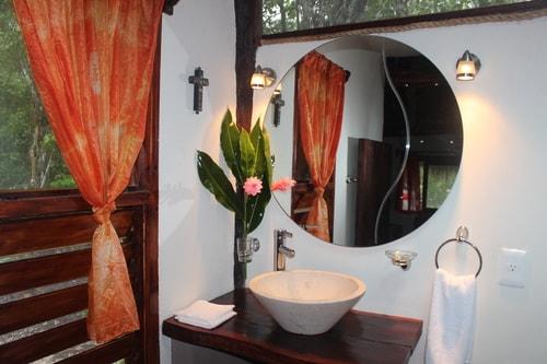 comfortable modern bathroom