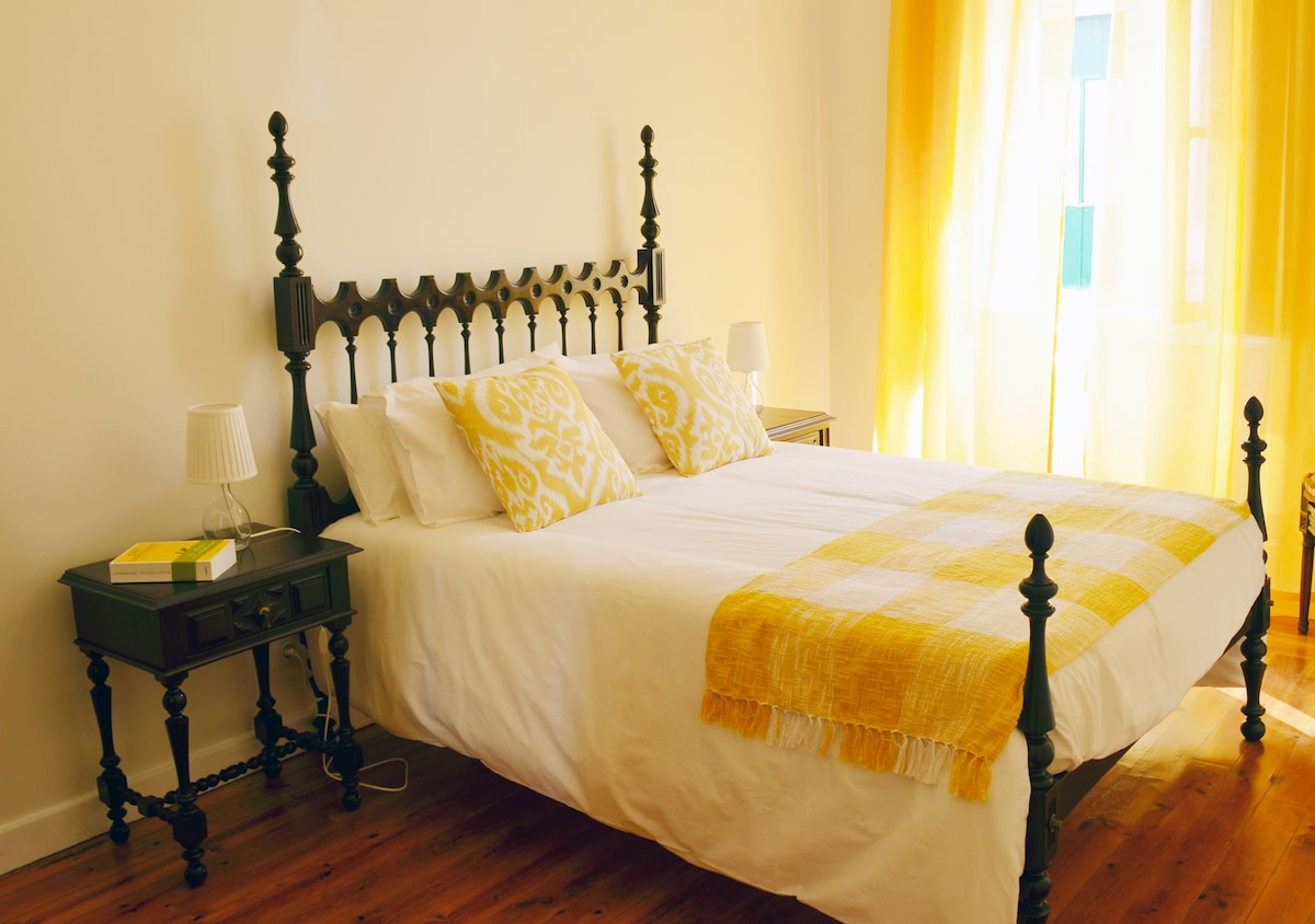 Room - 2px - Center Faro