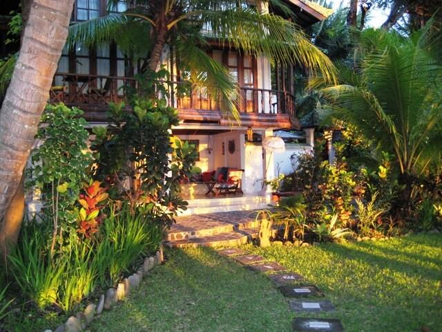 Sun Lite House and Gardens
