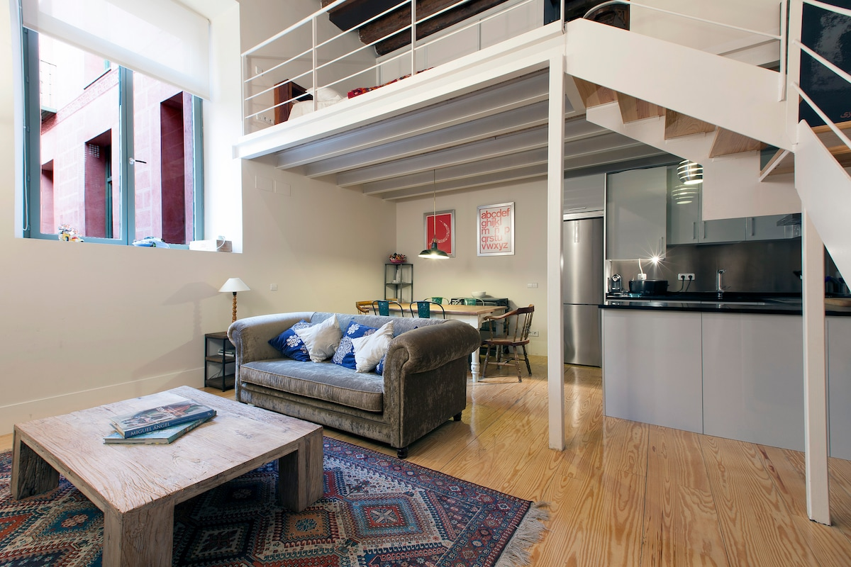 COZY WONDERFUL LOFT IN CHUECA