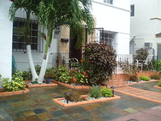 Room/ArtDeco Villa, EspanolaWay /Ar