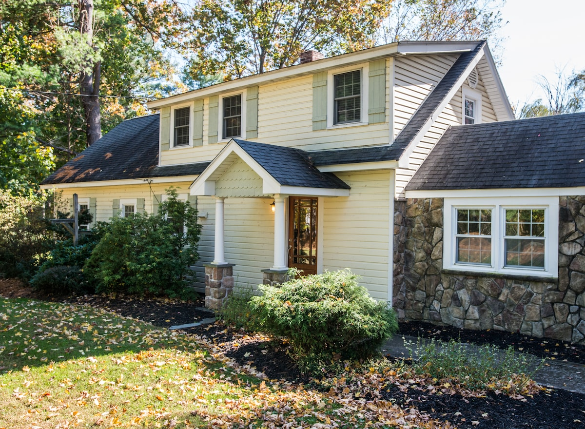 3BD Home on Pond/Mid-Hudson Valley
