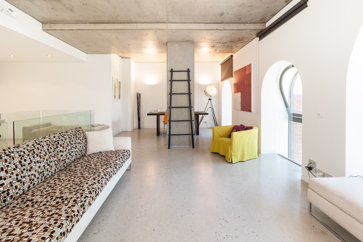 New York Style Two Floor Apartment
