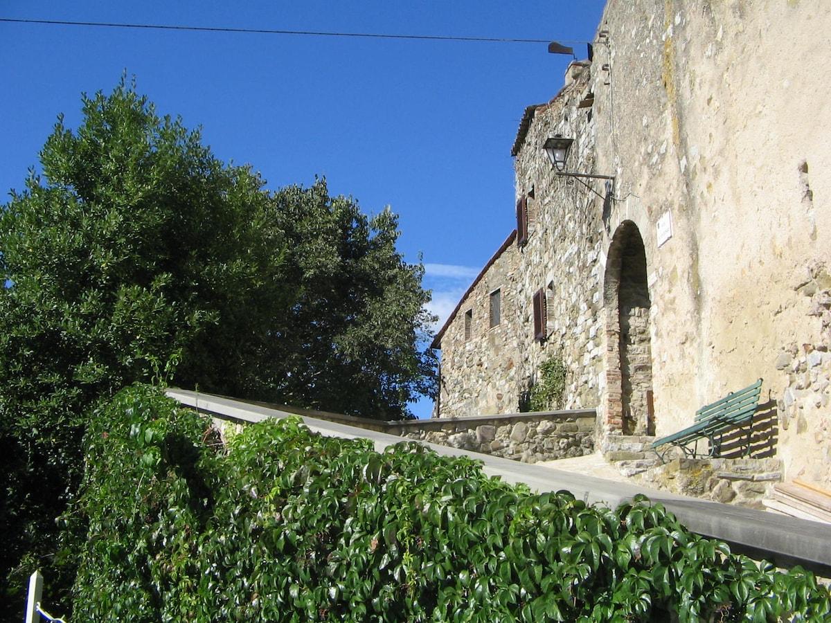 Casa pittoresca in antico borgo