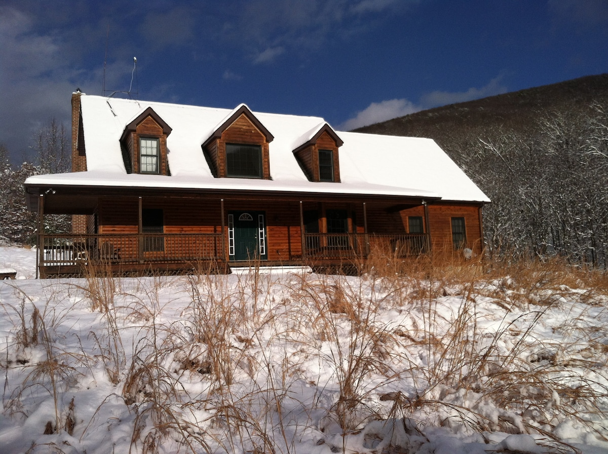 Lost Forest B&B 3 Beds & 3 Baths