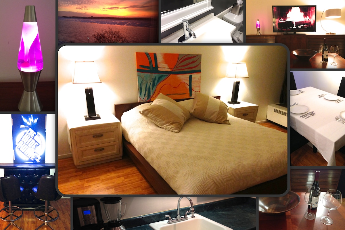 1 Bed Luxury Riverfront Suite + Bar