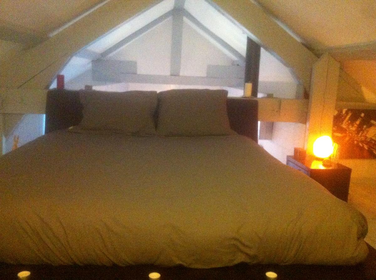 grand lit en mezzanine 200*140