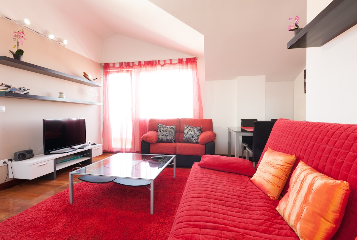 Penthouse with great terraza.WIFI