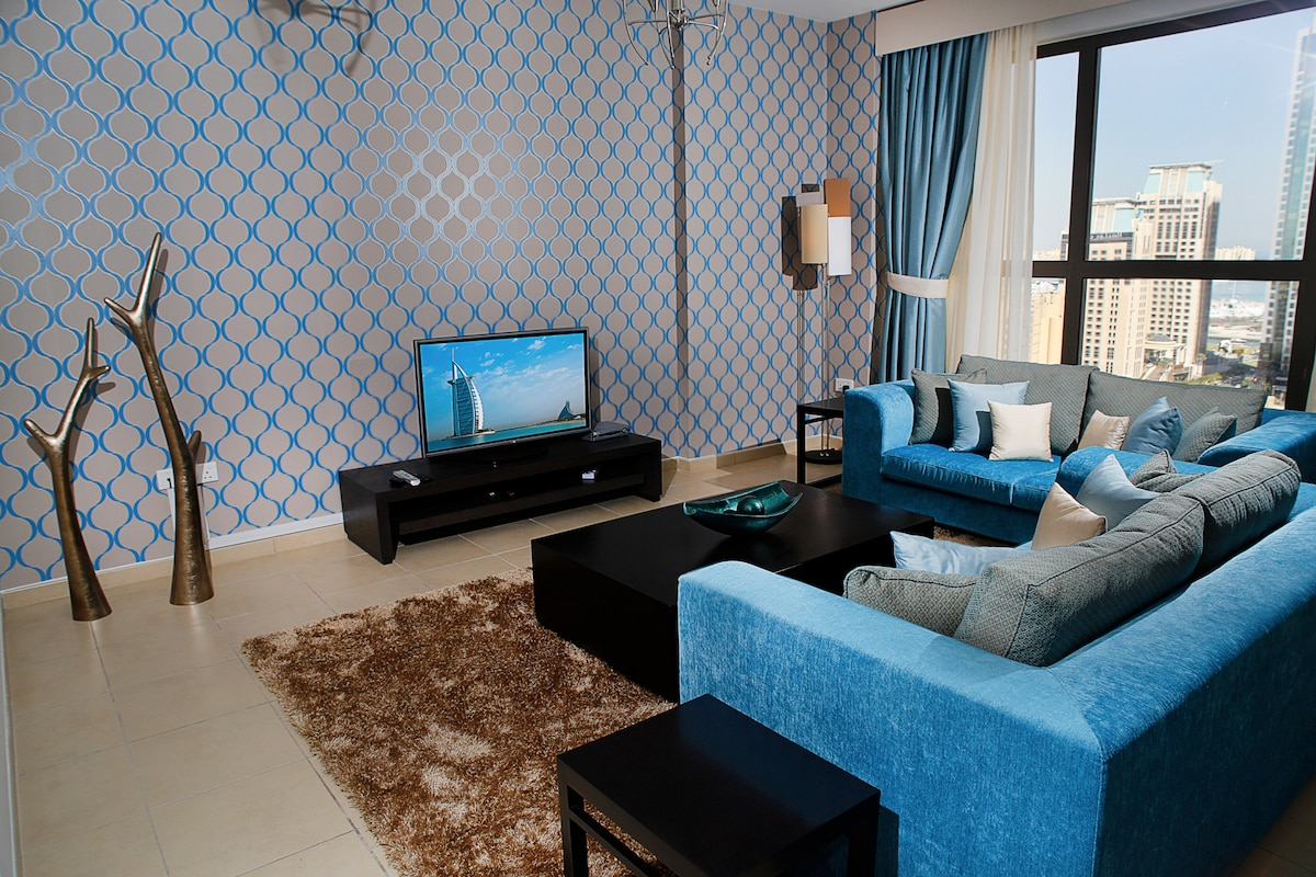 Large JBR 3br apt with great views