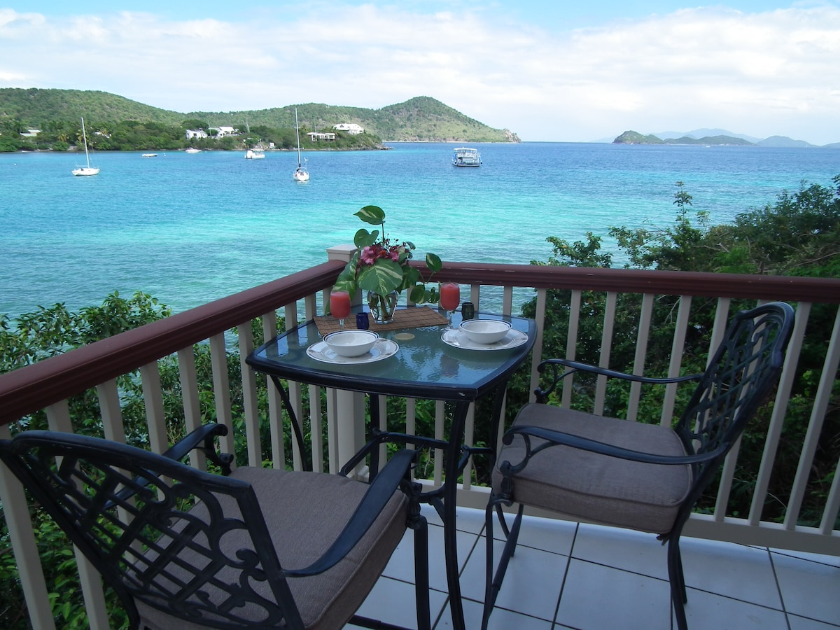 Private outdoor dining right above the water