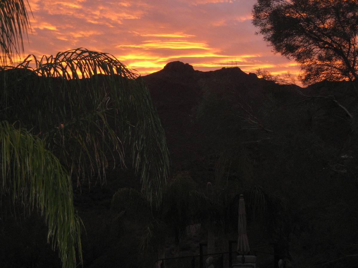 Tucson sunset over the canyon and Wasson Peak