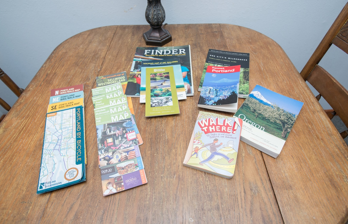Here are all the maps and guidebooks you can use to check out Portland.