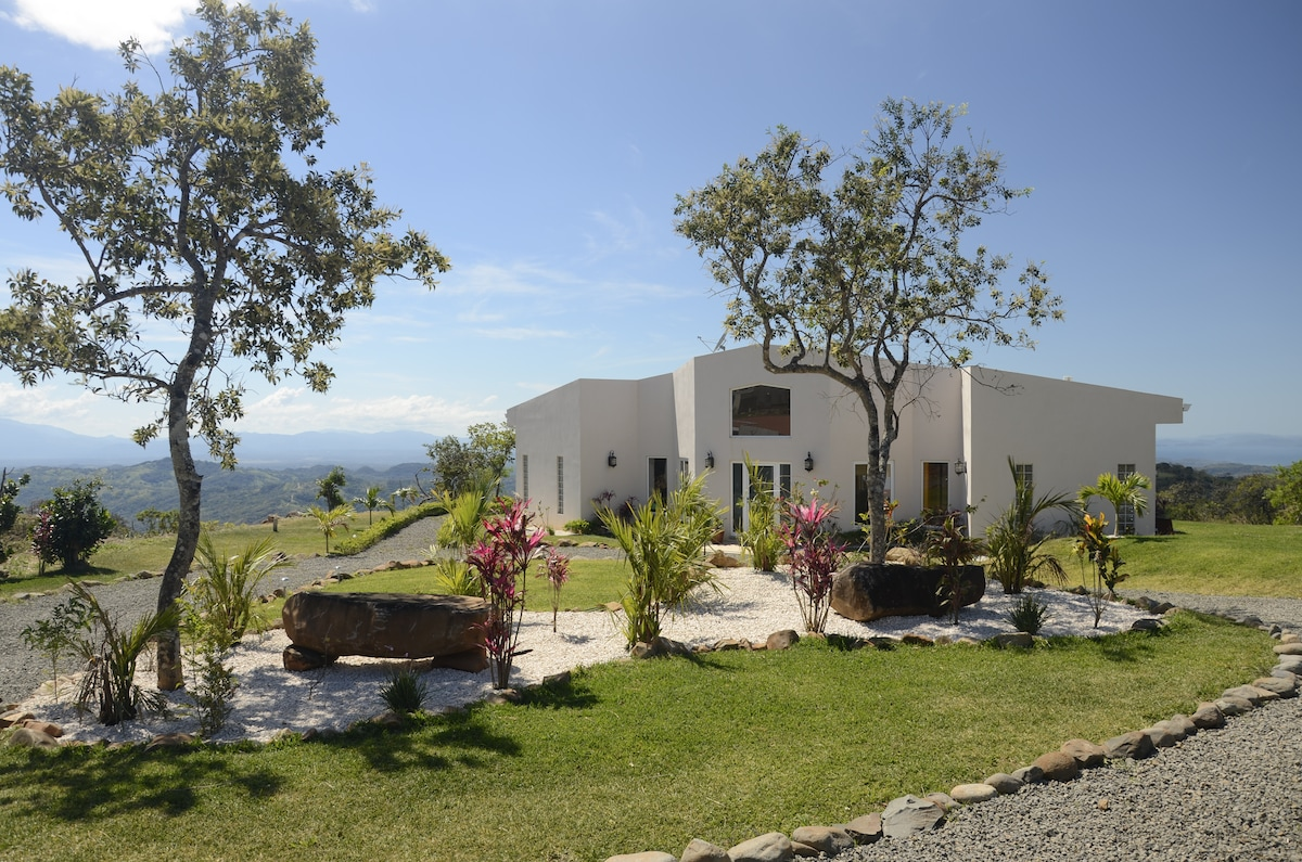 Cloud9 Casa in Costa Rica