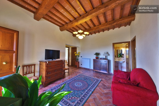"Relax & Love in Tuscany: The relaxing Living room with Sofa and TV ..... with the ""precious"" WIFI."