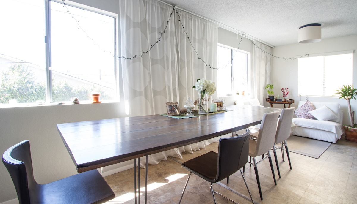 Melissa made this 10 foot long dining room table!
