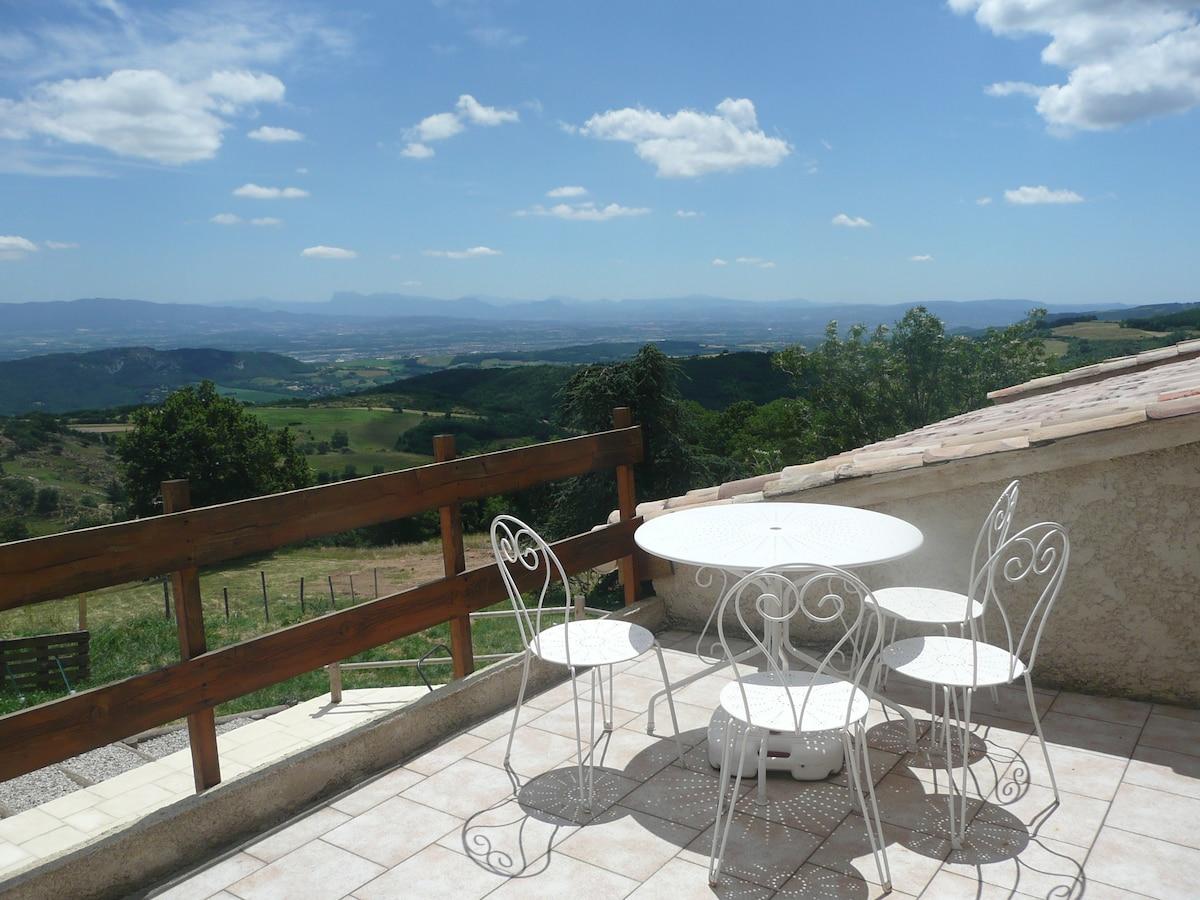 Studio view over the Rhone valley