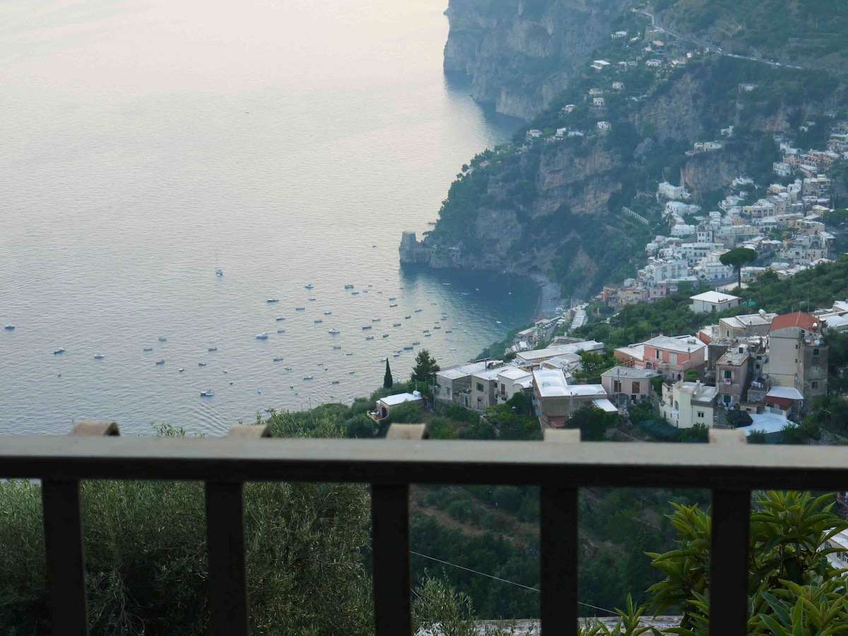 Colle dell'ara B&B Positano room 2