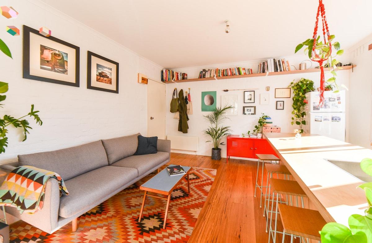 Bright apartment in vibrant Fitzroy