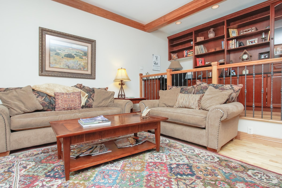 Living Room is spacious and comfortable. Office area is immediately adjacent
