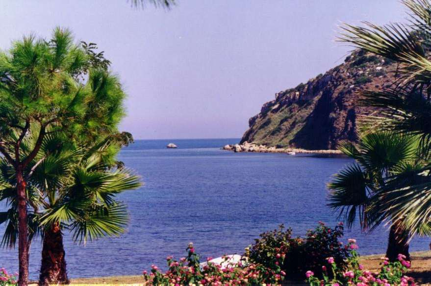 Brucoli Italy  City pictures : By the sea Baia dei Turchi Sicily in Brucoli