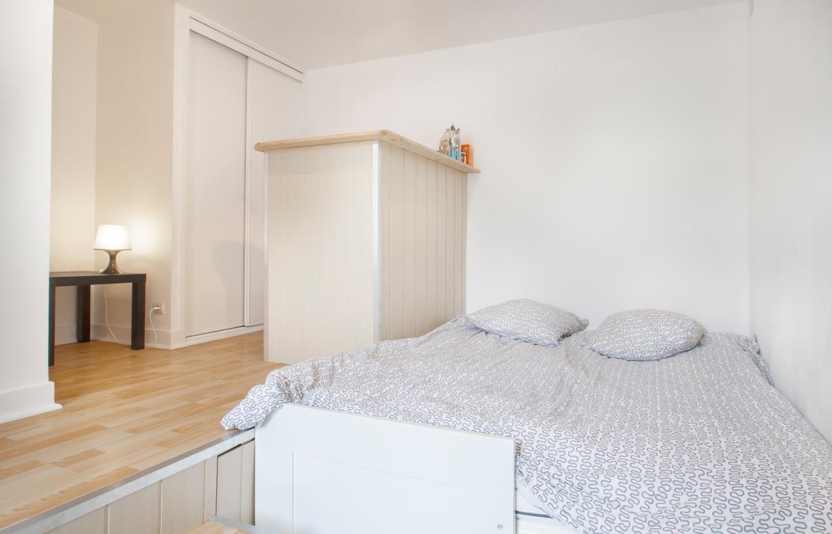 studio meubl bordeaux victoire bordeaux. Black Bedroom Furniture Sets. Home Design Ideas