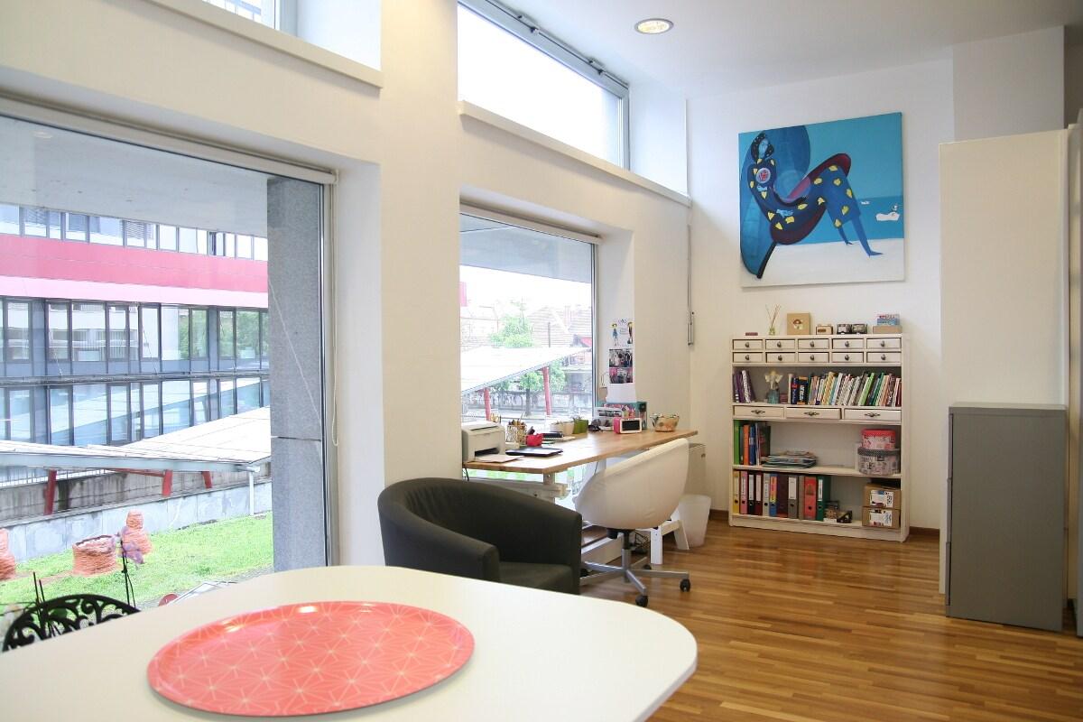 Studio apt in the centre