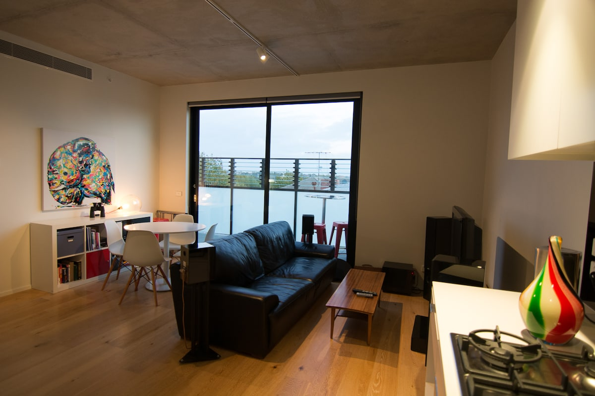 Modern Appartment in Great Location