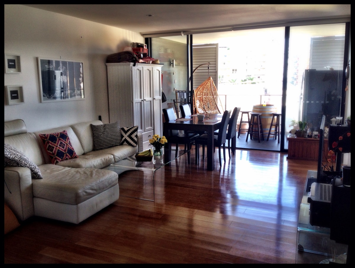 Manly Beach!! 1bed+study 23-26 Jan