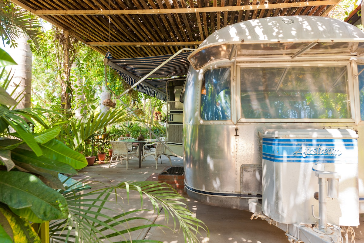 Airstream in the Park - Casa Coco