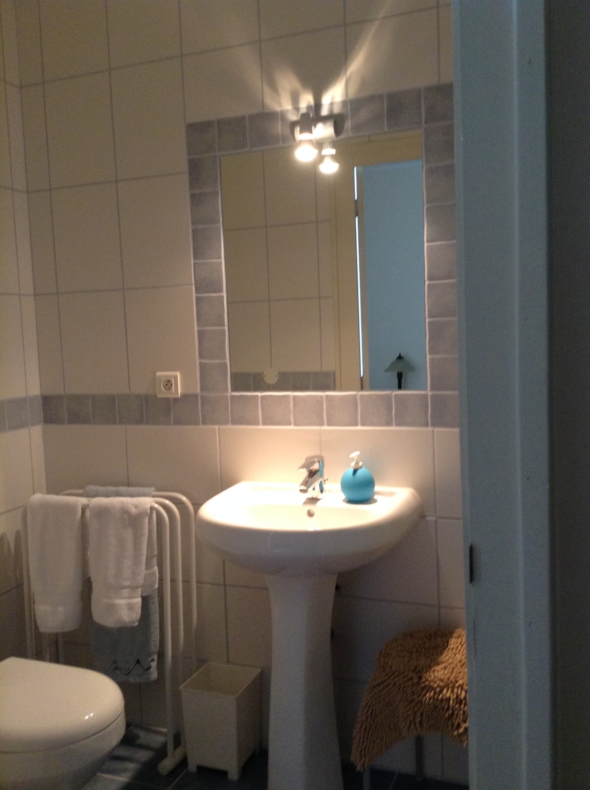 King room ensuite with shower
