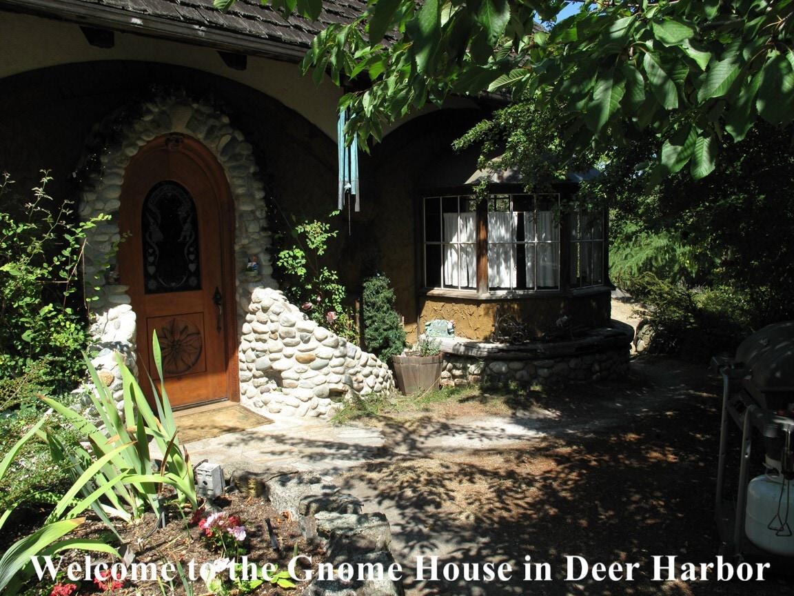 Famous Romantic Gnome House Chalet