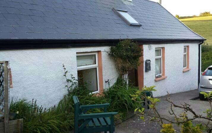 Crosshaven cottage, Fennell's bay.
