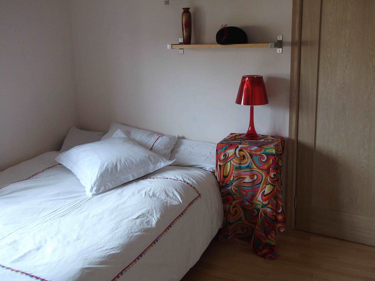 2nd bedroom (if required and available) with Queen size double bed