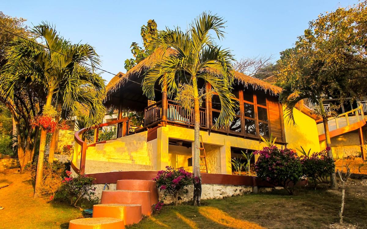Stunning Balinese Bungalow,Jimbaran