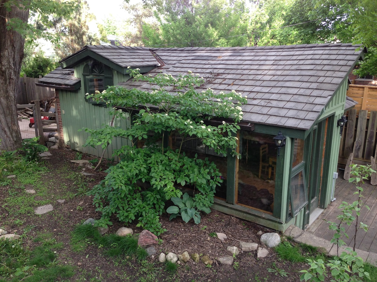 Beautiful Studio Cottage